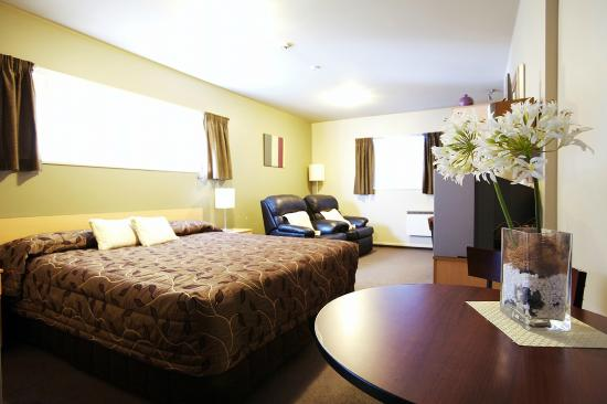 CentrePoint on Colombo Motel: Deluxe Studio with Spa Bath