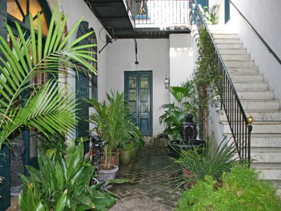 27 State Street Bed and Breakfast : Courtyard
