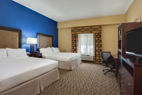 Holiday Inn Express Tower Center : ADA/Hearing accessible Two Queen Guest Room
