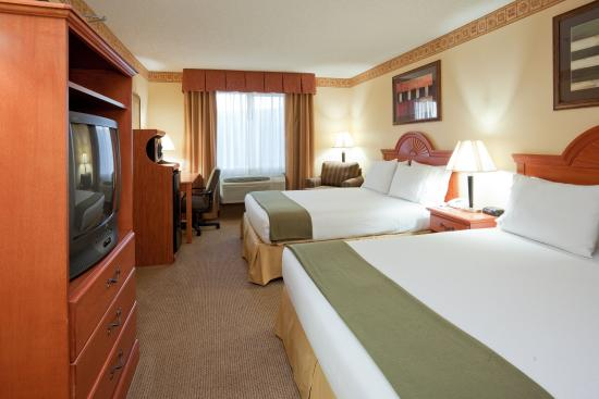 Holiday Inn Express Livermore: Double Bed Guest Room
