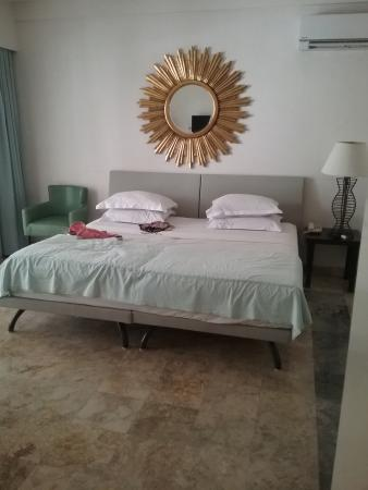 Bali Court Hotel and Apartments: room 112