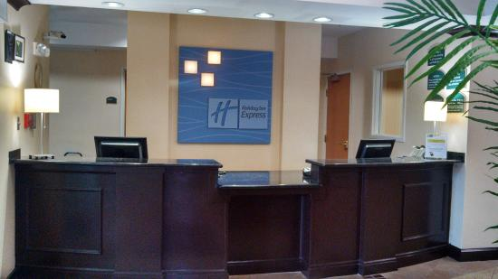 Anderson, Южная Каролина: New Front Desk