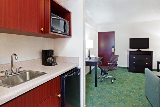 Duncan, Güney Carolina: Two Room King Suite