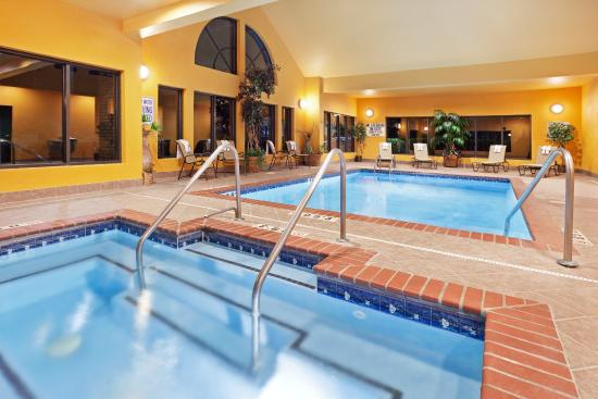 Duncan, Carolina del Sur: Our Beautiful indoor Salt Water Pool & Spa