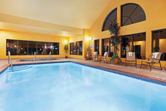 Duncan, Carolina del Sur: Enjoy the indoor heated swimming pool  and spa all year-round