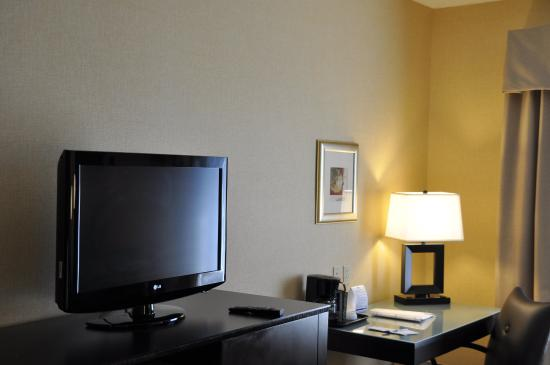 Holiday Inn Express Hotel & Suites Christiansburg: Enjoy our spacious KING suite with pullout couch