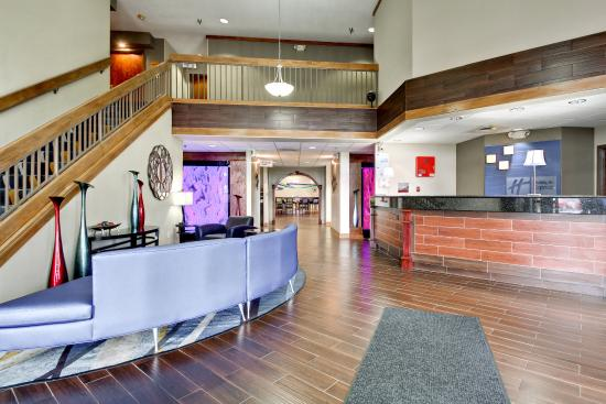 Marshfield, MO: Hotel Lobby