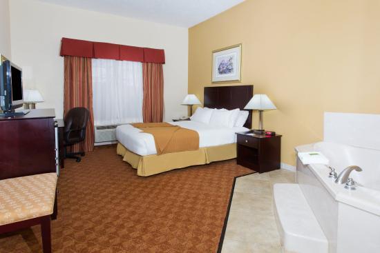Duncanville, TX: Single King Bed Jacuzzi Guest Room