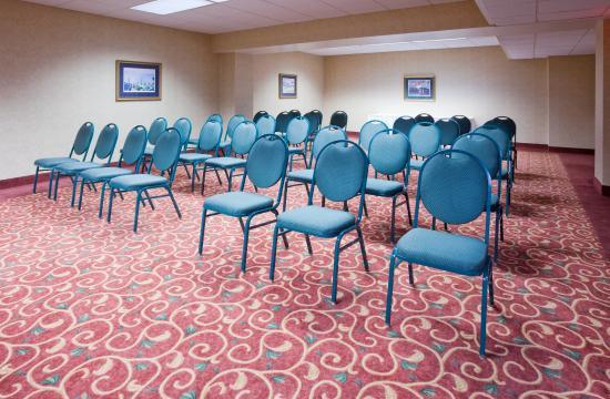 พอร์ตวอชิงตัน, วิสคอนซิน: Meeting Room