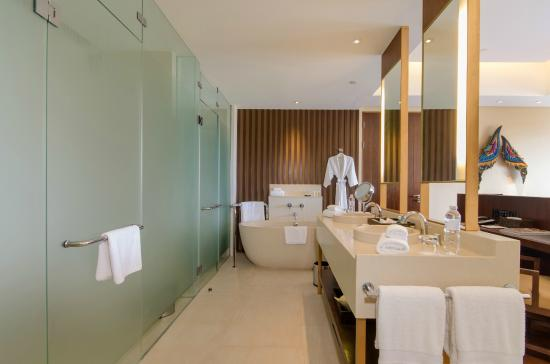 ‪‪Vana Belle, A Luxury Collection Resort, Koh Samui‬: Bathroom‬
