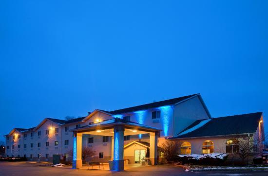 Photo of Holiday Inn Express Galesburg
