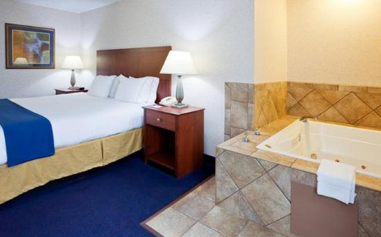 Holiday Inn Express Deforest (Madison Area): Guest Room
