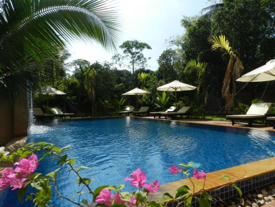 Villa Nissa Hotel & Resort