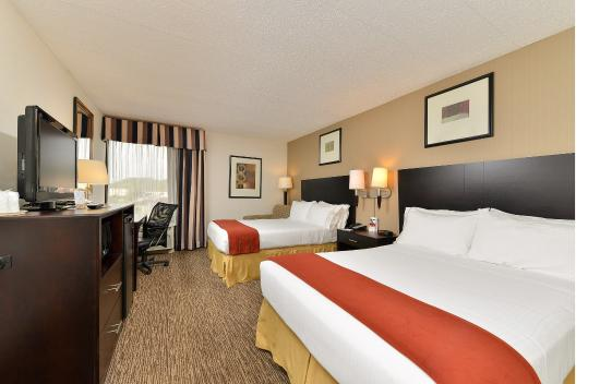 Holiday Inn Express Seaford-Route 13: Two Double Beds
