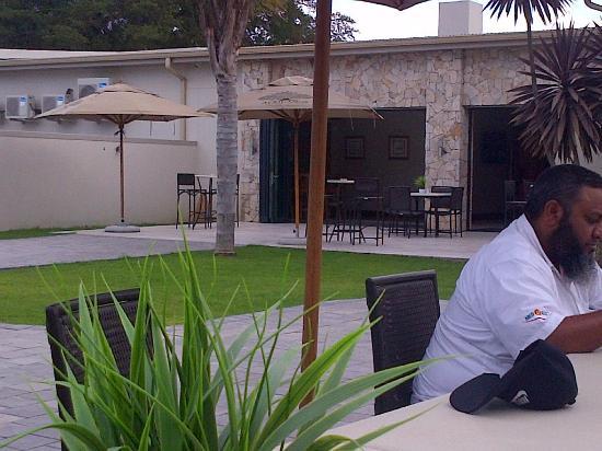 Addo, Güney Afrika: Outside section of the restaurant