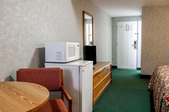 Rodeway Inn Moosic – Scranton: Guest Room