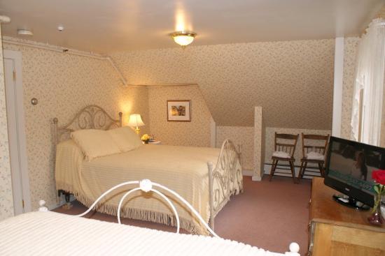 Echo Lake Inn: Tyson Suite