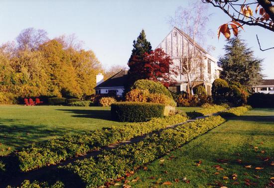 Photo of Southampton Inn