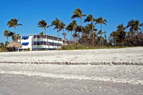 Sanibel Island Hotels: Sunset Beach Inn $199 ($̶2̶4̶9̶)