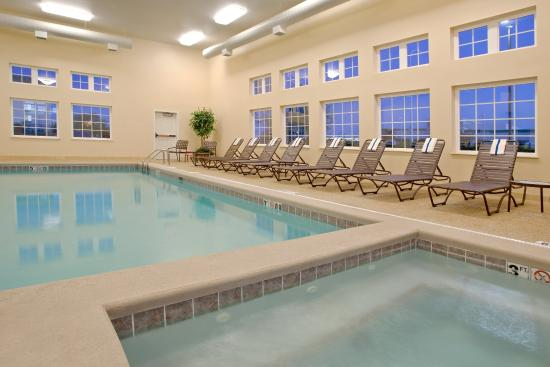 Candlewood Suites Polaris: Whirpool