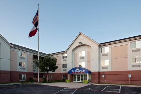 Candlewood Suites Austin-Round Rock: Front Entrance - Exterior