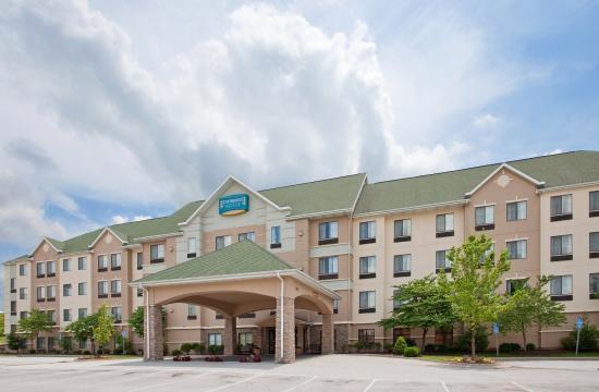 Staybridge Suites Columbia: Hotel Exterior
