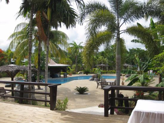 Amoa Resort: The lovely pool