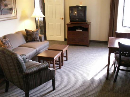 爾灣斯北克特姆/森林湖駐橋套房飯店照片