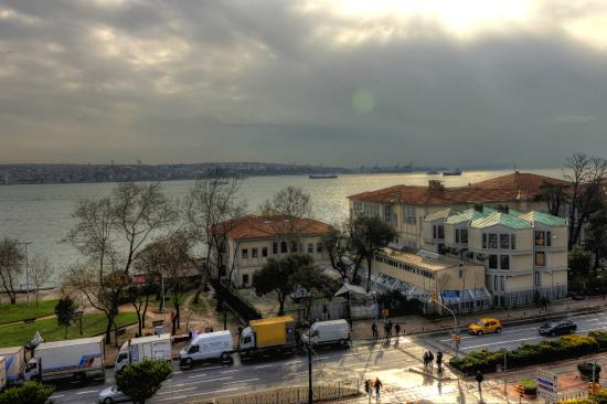 Nixon Bosphorus