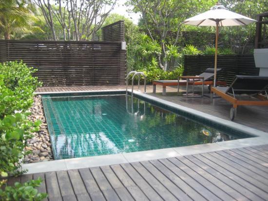 Rest Detail Hotel Hua Hin: สระว่ายน้ำภายในห้องพัก