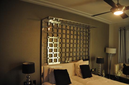 Room Mate Waldorf Towers: Room