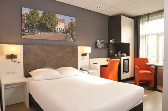 Hotel Amsterdam - De Roode Leeuw: Comfort room