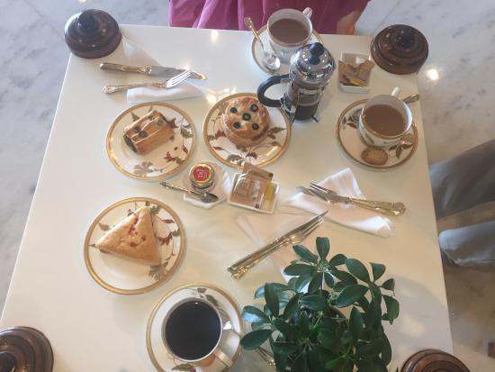 Kafe Fontana : The spread