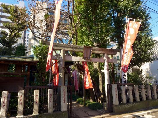 Yotsuya Oiwainari Tamiya Shrine