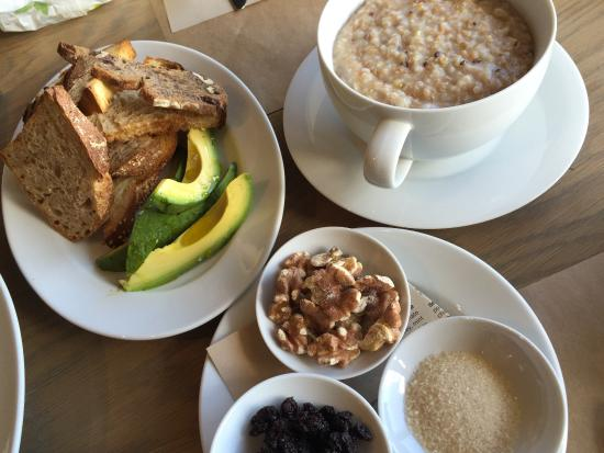 Healthy breakfast - Photo de Boulettes Larder, San Francisco ...