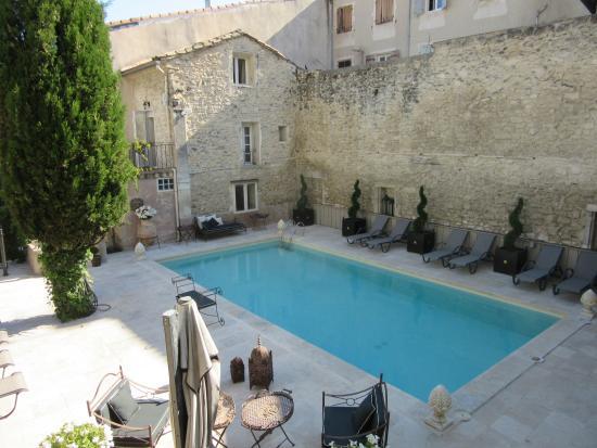 La piscine photo de h tel gounod saint r my de provence - Piscine saint remy les chevreuses ...