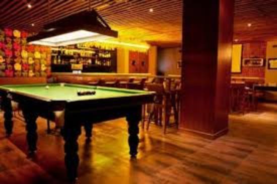 Lemon Tree Premier, Leisure Valley, Gurgaon: sports bar