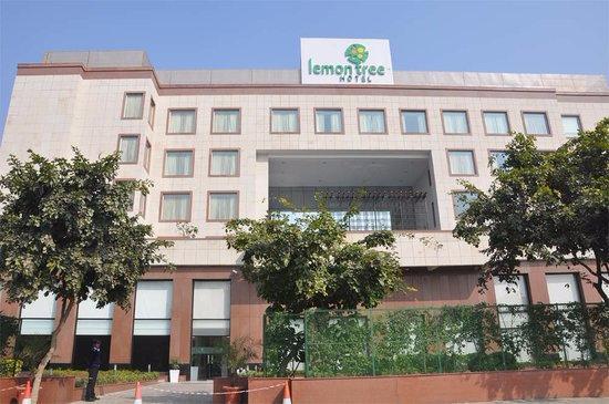Lemon Tree Premier, Leisure Valley, Gurgaon: front view