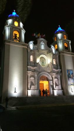Front view of Chimbote's Cathedral
