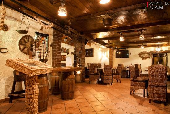 Tc foto di tavernetta colauri napoli tripadvisor for Arredare una taverna rustica