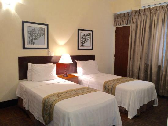 Photo of Tropic Inn Hotel Mount Lavinia