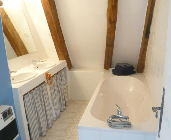 Paleyrac, France : Salle de bains