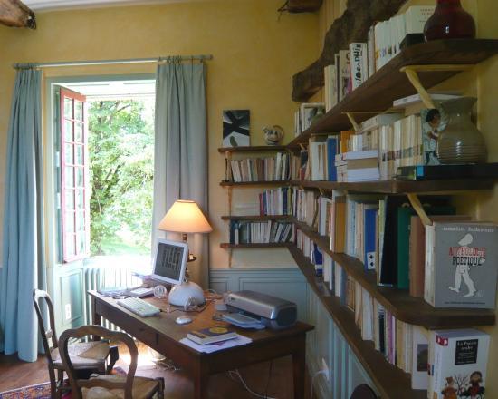 "Paleyrac, Frankrig: CHAMBRE "" LA GLYCINE "" DU MANOIR"