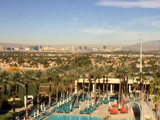 Green Valley Ranch Resort and Spa: Room view