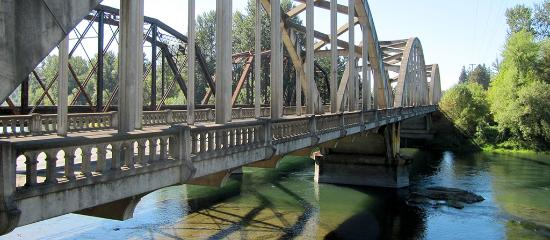 Willamette Valley Scenic Bikeway bridge near Coburg