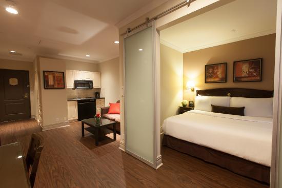 Junior One Bedroom Suite Picture Of Grand Hotel Suites Toronto Tripadvisor