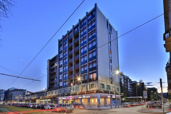 Qualys Hotel Nasco: exterior