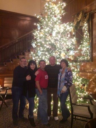 Heathman Restaurant & Bar : Christmas Decor in the costly Heathman