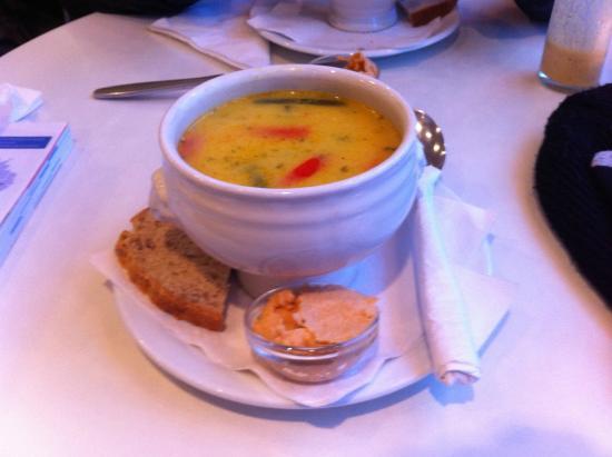 Cafe Gardurinn: Polévka z obědového menu.