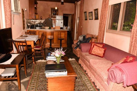 wohnzimmer picture of buxton manor adelaide tripadvisor rh tripadvisor com au